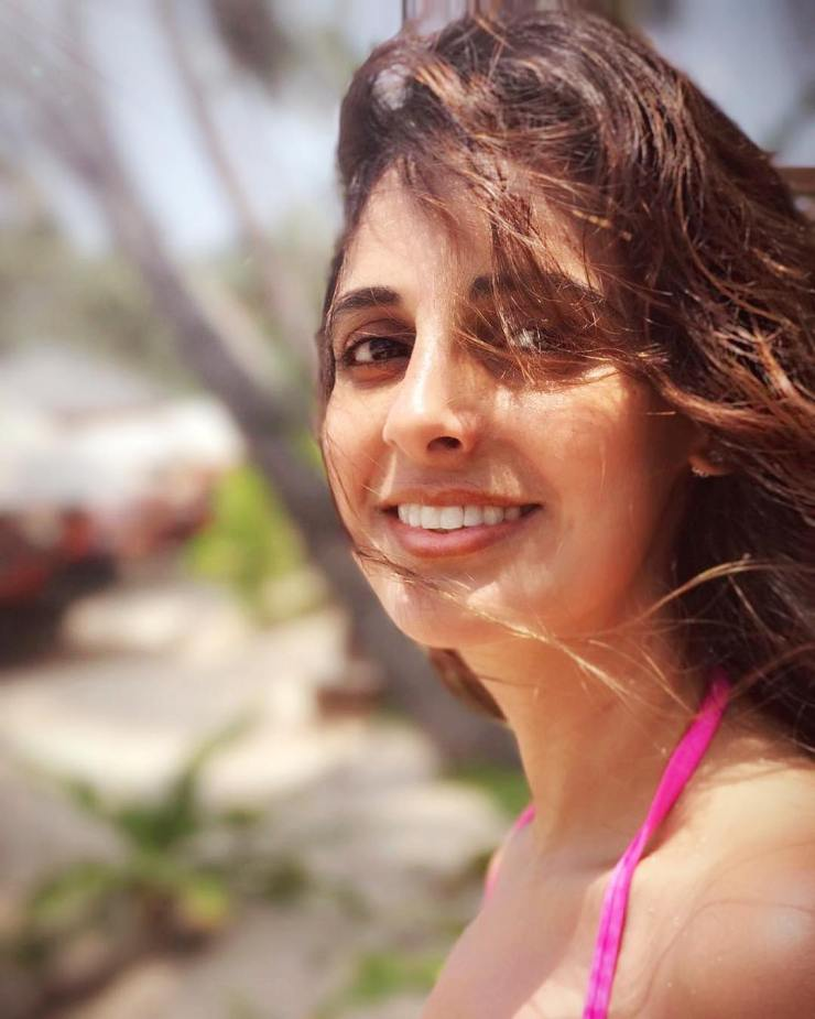 Naina Bachchan stays away from spotlight