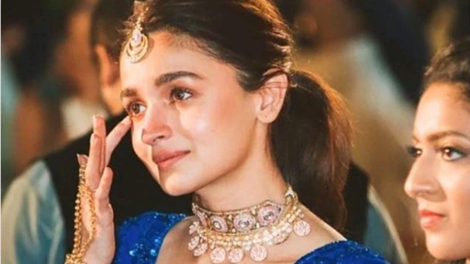 Alia Bhatt met Ranbir Kapoor's mother, the reaction of the actress was like this