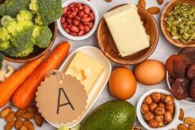 Vitamin A for health: आंखों और हड्डियों को कमजोर कर देती है विटामिन A की कमी, इन चीजों को खाने से मिलेगा फायदा