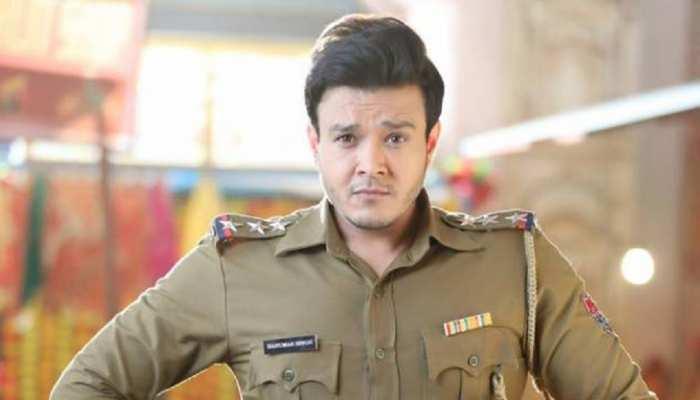 Aniruddh Dave admit in ICU after testing positive for Covid 19 Aastha says  pray for him   Patiala Babes के इस एक्टर की तबीयत बिगड़ी, ICU में हुए एडमिट    Hindi News, टीवी
