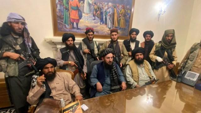 আফগানিস্তানের প্রেসিডেন্ট প্রাসাদ নিয়ন্ত্রণ করছে তালেবান