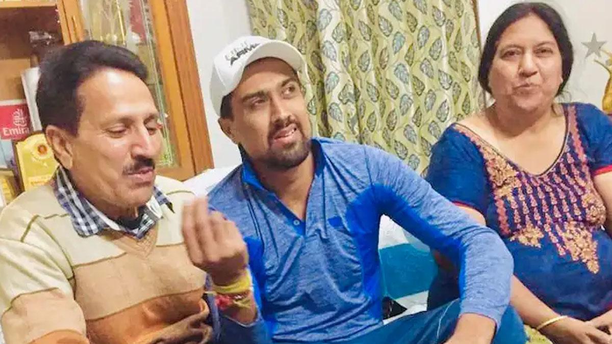 rahul sharma's father dies