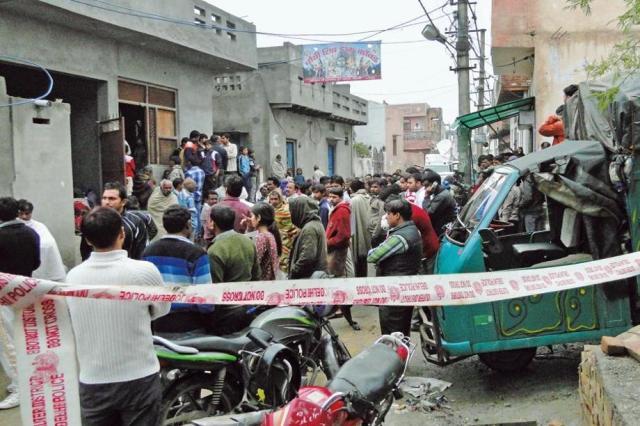 दिल्ली के कंझावला में एक युवक की गोली मारकर हत्या, पुलिस ने शुरू की जाँच
