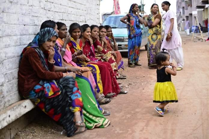 प्रजनन स्वास्थ्य की समस्याओं से जूझती महिलाओं की आपबीती