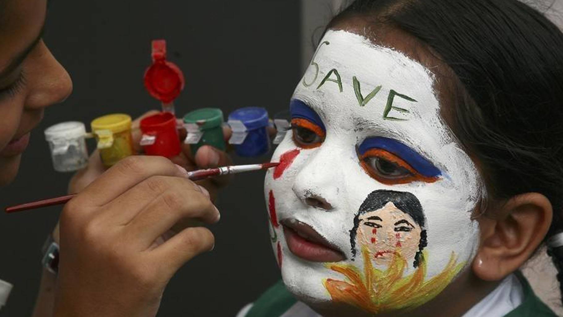 भारत में 4.6 करोड़ लड़कियों का जन्म से पहले लापता होना कन्या भ्रूण हत्या का साफ संकेत