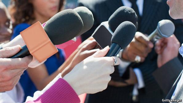 पत्रकारिता और महिलाएं: समाज के लिए आवाज़ उठाने वालों की भी आवाज़ दबा दी जाती है