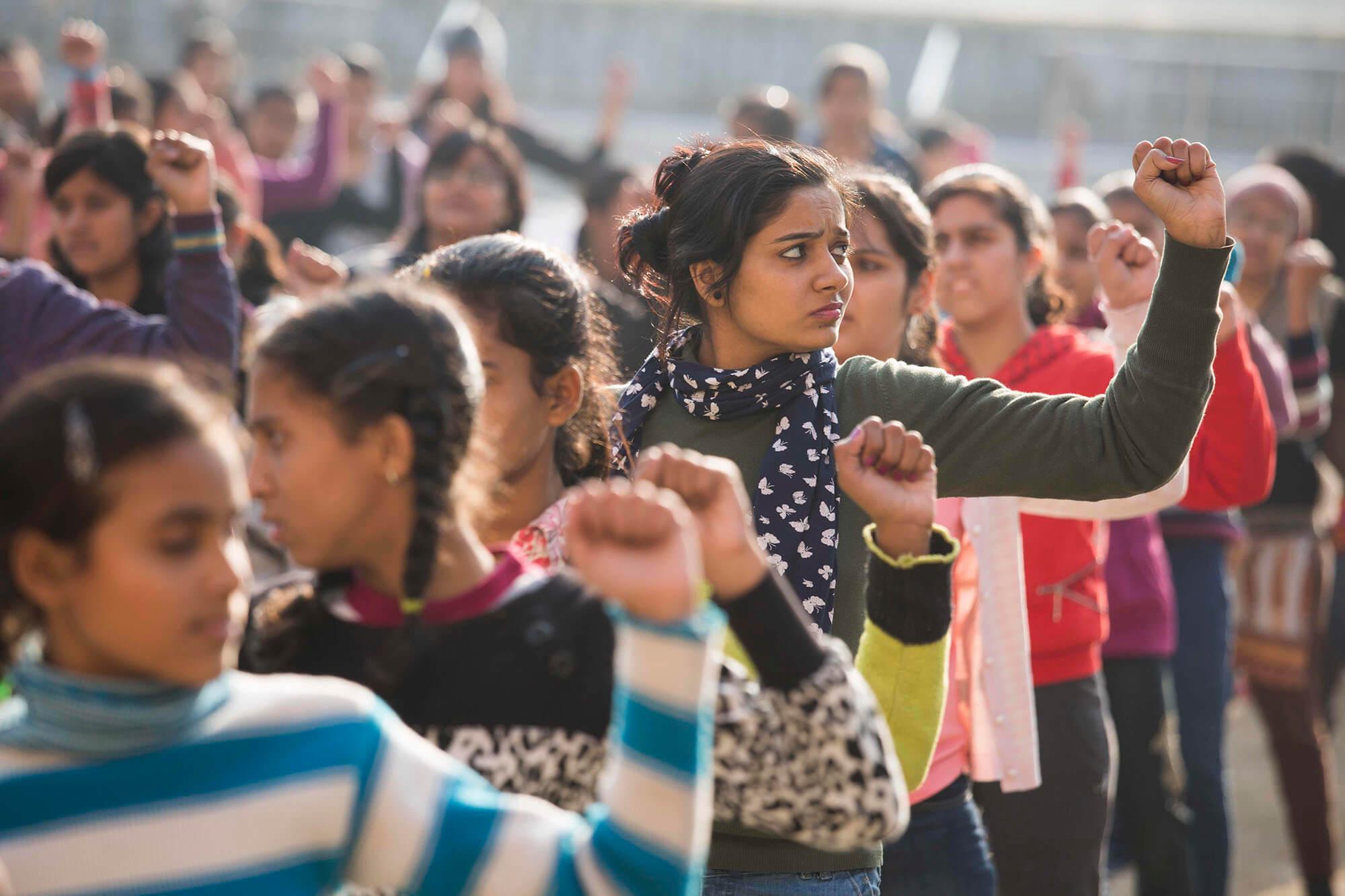 ग्लोबल जेंडर गैप रिपोर्ट 2021: 28 पायदान गिरकर 140वें पायदान पर पहुंचा भारत