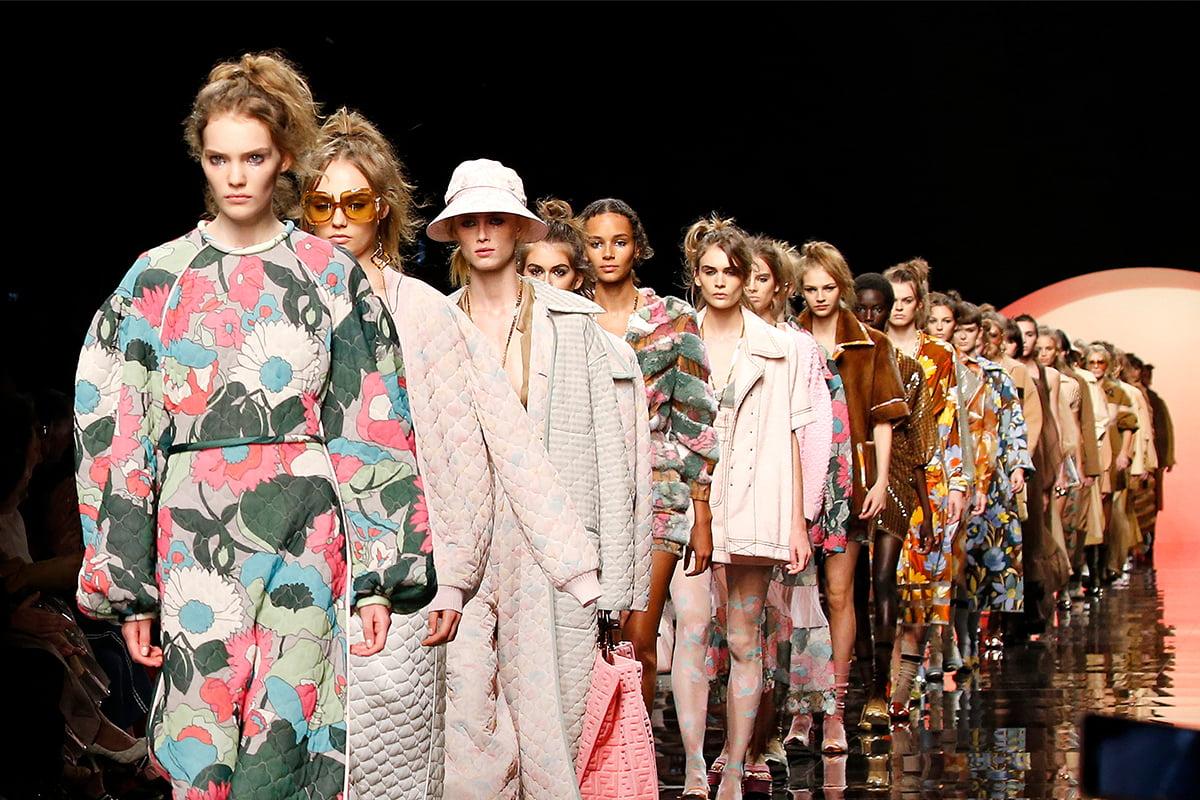 क्या फैशन और नारीवाद दोस्त बन सकते हैं ?
