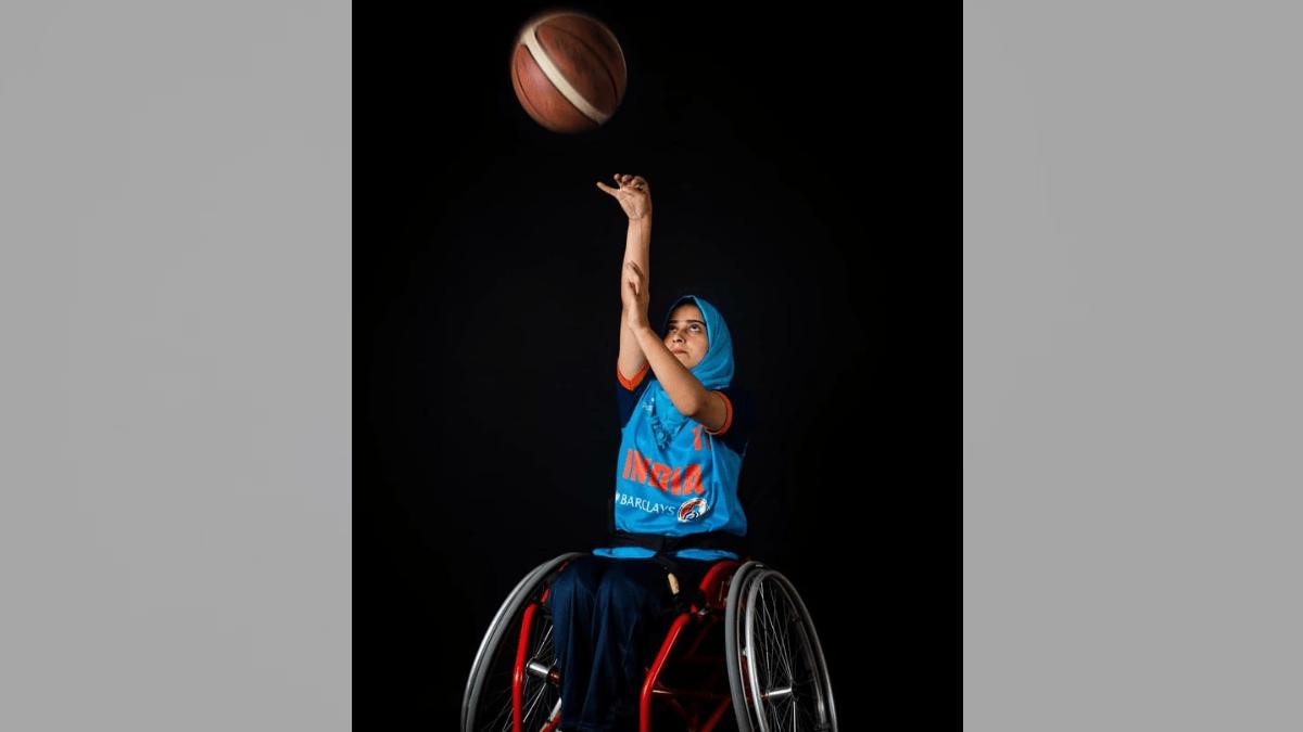 जो मुझे मर जाने को कहते थे, अब वही अपने बच्चों को मेरे जैसा बनने की देते हैं मिसाल: कश्मीरी पैरा एथलीट इशरत