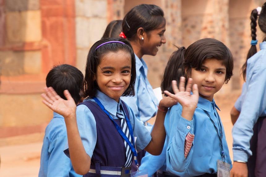 बंद स्कूल और ऑनलाइन शिक्षा: वंचित तबकों से आने वाले बच्चों के भविष्य अधर में