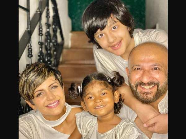 Mandira and Raj got married on 14 February 1999