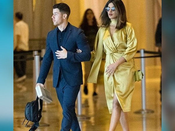Priyanka and Nick on the red carpet - when the whole world saw both of them for the first time