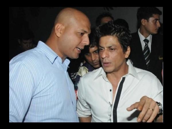 Shahrukh Khan earns 2.6 crores