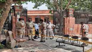 بھارتی سپریم کورٹ کے باہر خود کو آگ لگانے والا شخص انتقال کرگیا