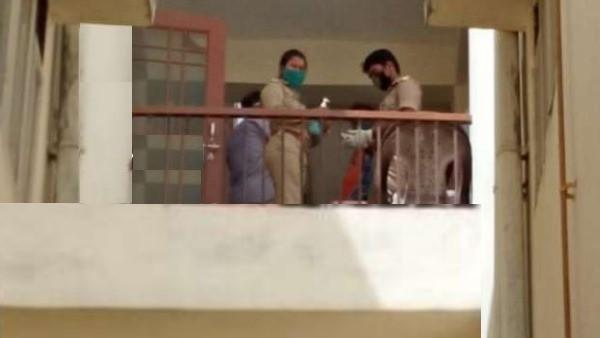 पीडियाट्रिक वॉर्ड में ड्यूटी पर तैनात थी नर्स