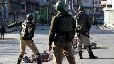 कश्मीर में सियासत गर्म, बंद हुई इंटरनेट सर्विसेज