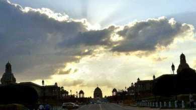 दिल्लीवालों को सुबह सताएगी गर्मी, वहीं रात को आएगी बारीश