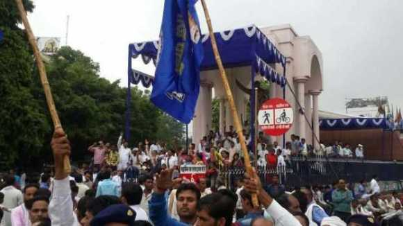 lucknow_bsp_protest