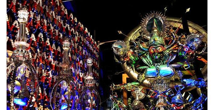 कोलकाता में दुर्गापूजा शुरु आप भी करें पंडालों की सैर