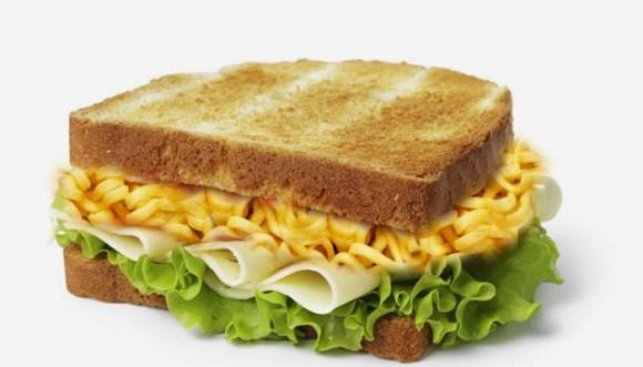 मैगी सैंडविच