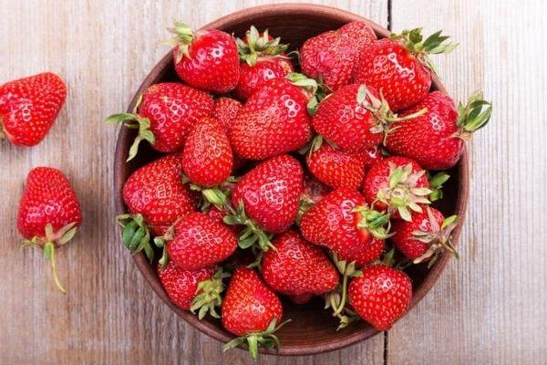 strawberry khane ke fayde