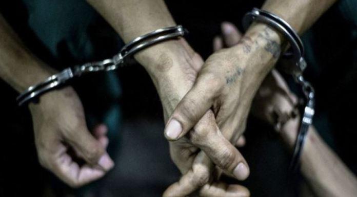 हिंदू धर्म, अपमान, गिरफ़्तार