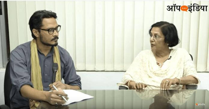 ऑपइंडिया संपादक अजीत भारती से बात करतीं हुईं इतिहासकार मीनाक्षी जैन