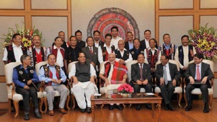 मोदी के साथ नगा नेता (फाइल फोटो)