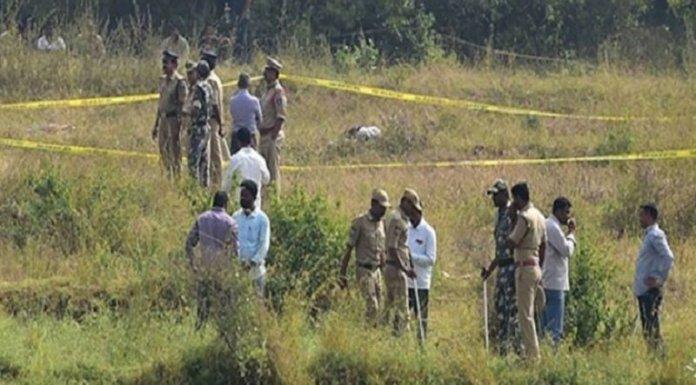 हैदराबाद में एनकाउंटर वाली जगह (तस्वीर न्यूज़ स्टेट से साभार)