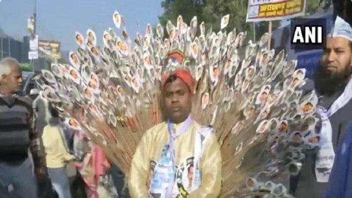 केजरीवाल शपथ, रामलीला मैदान
