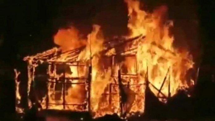 BJP कार्यालय को जलाया