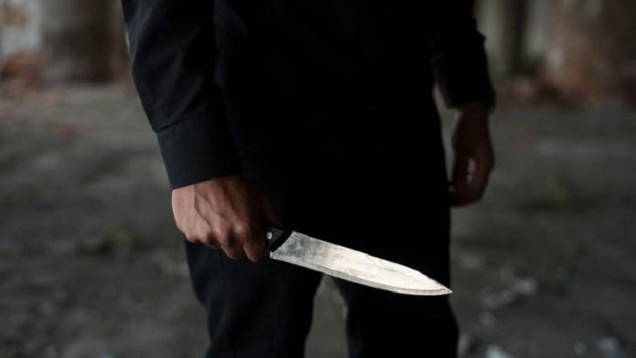 दिल्ली, तेज़ आवाज़ गाने, हत्या, अब्दुल सत्तार