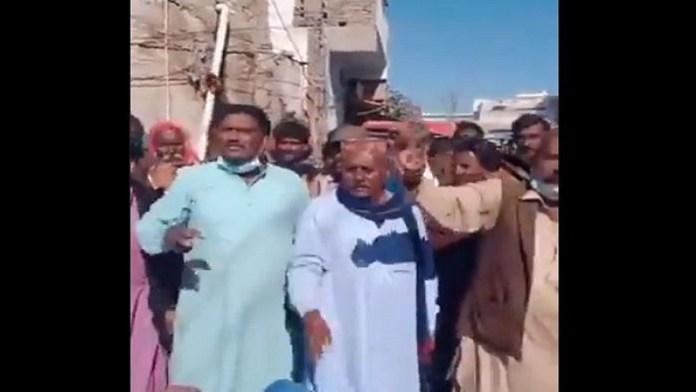 सिंध हिंदू घरों पर मुस्लिम भीड़ का हमला
