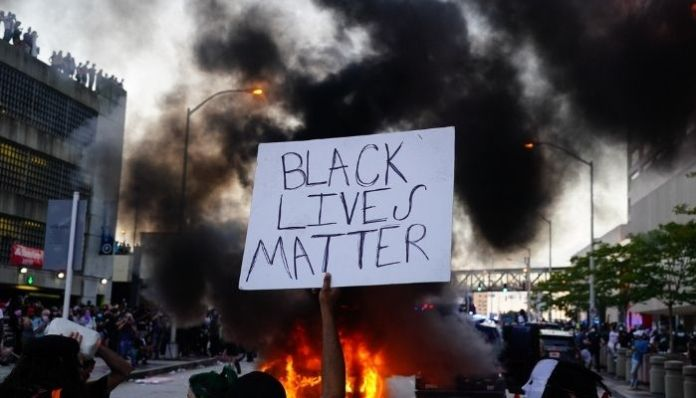 ब्लैक लाइव्स मैटर