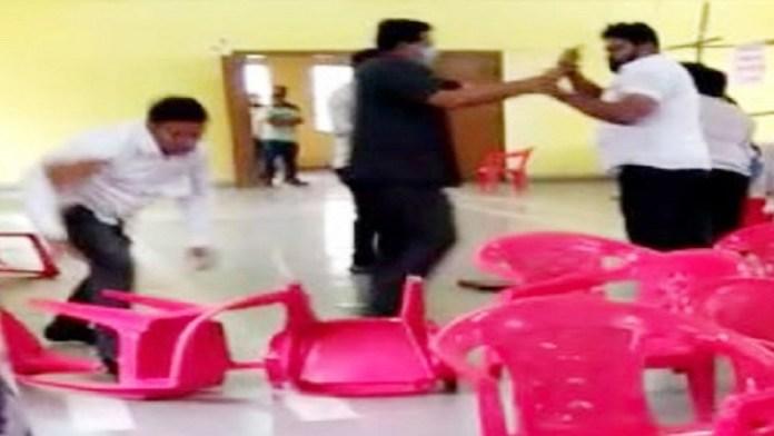 शिवसेना और एनसीपी कार्यकर्ताओं के बीच हुआ झगड़ा