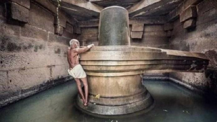 हम्पी के बादावी लिंग मंदिर के पुजारी श्री कृष्ण भट्ट का निधन