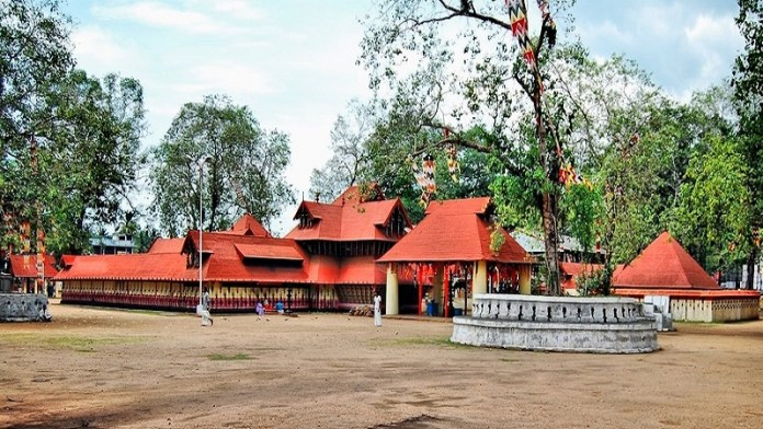 केरल कोडुंगल्लूर भगवती मंदिर