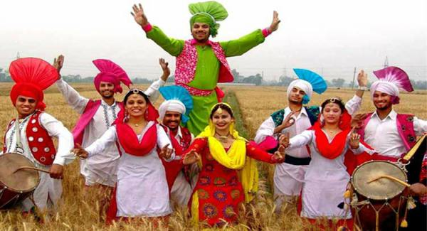 Baisakhi Essay in Hindi