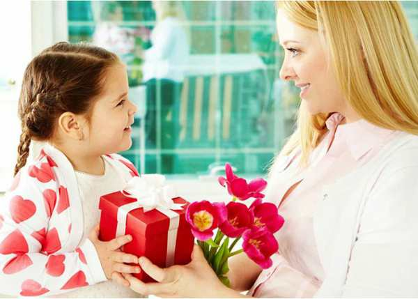 Mother's Day Essay in Hindi