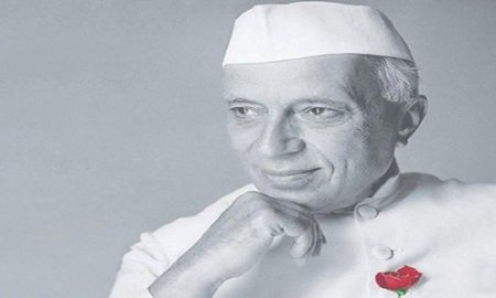Pandit Jawaharlal Nehru Biography in Hindi