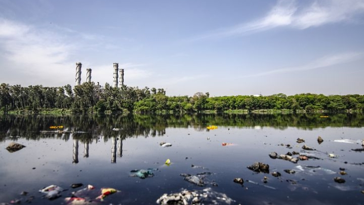 You are currently viewing Water Pollution Essay, Complete Information About Water Pollution