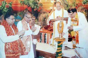 Read more about the article मारीशस के तुलसी  अरुण-मृदुल सेवक सुखदाता