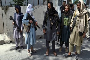Read more about the article खुली हवा से अंधेरी सुरंग में लौटता अफगानिस्तान