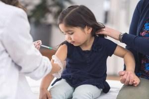 Read more about the article 2 से 18 वर्ष के बच्चों को भी लगेगी वैक्सीन, जानिए कितने दिन का होगा अंतर ?