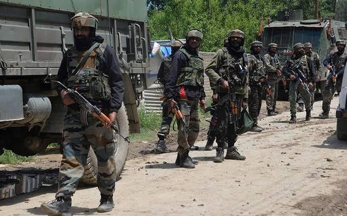 जम्मू-कश्मीर में सुरक्षाबल कर रहे आतंकियों का सफाया, 24 घंटे में मारे गए 8 आतंकी