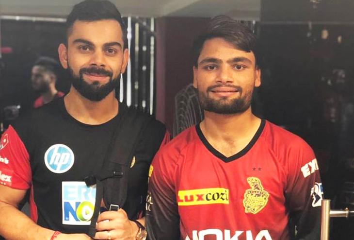 इस भारतीय खिलाड़ी को झाड़ू मारने की मिल रही थी नौकरी, शाहरुख़ खान ने बना दिया बड़ा नाम