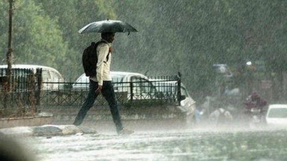 अगले 24 घंटे में इन राज्यों में होगी तेज बारिश तो यहाँ तूफ़ान आने की सम्भावना