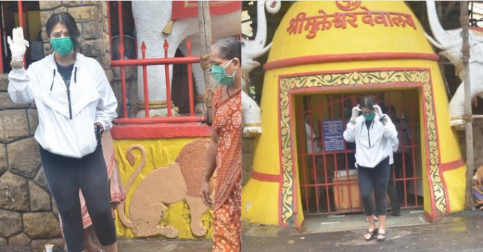 शनिदेव मंदिर में मत्था टेकने पहुंची एकता कपूर , सुशांत की याद में कर चुकी हैं ये नेक काम!