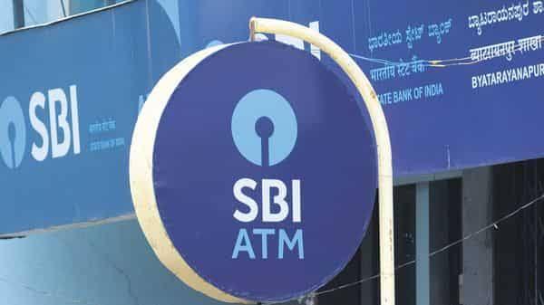 अगर आपकी भी है बैंक या पोस्ट ऑफिस में एफडी तो तुरंत करें ये जरूरी काम, नहीं तो होगा बड़ा नुकसान