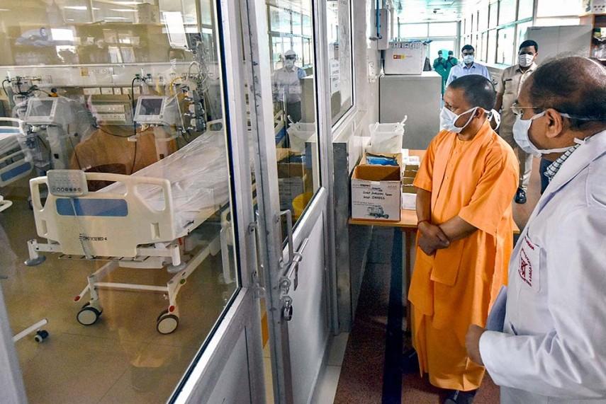 उत्तर प्रदेश: बढ़ते कोरोना संक्रमण पर मुख्यमंत्री ने इन सात जिलों के लिए लिया कठोर निर्णय
